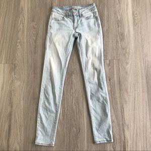 American Eagle Outfitters Light Wash Jegging Sz 00